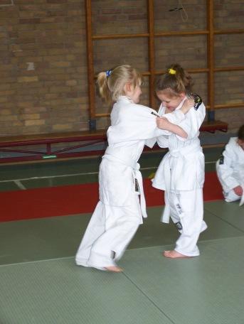 Little_girls_and_Judo.jpg